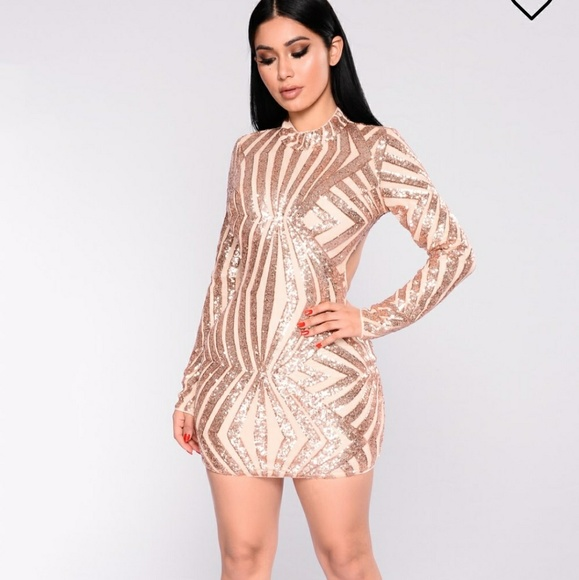 092dc205f1f9 Fashion Nova Dresses   Skirts - Fashion Nova bodycon rose gold mini dress